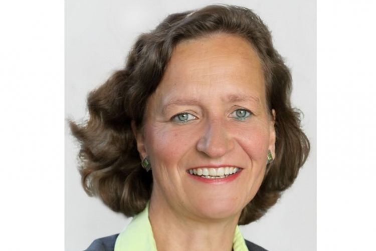 Dorothee Mennicken